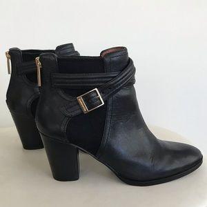 LOUISE ET CIE Black Leather Ankle Boots